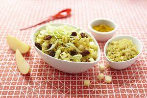 Salade van quinoa en rauwkost met niet-scherpe specerijen